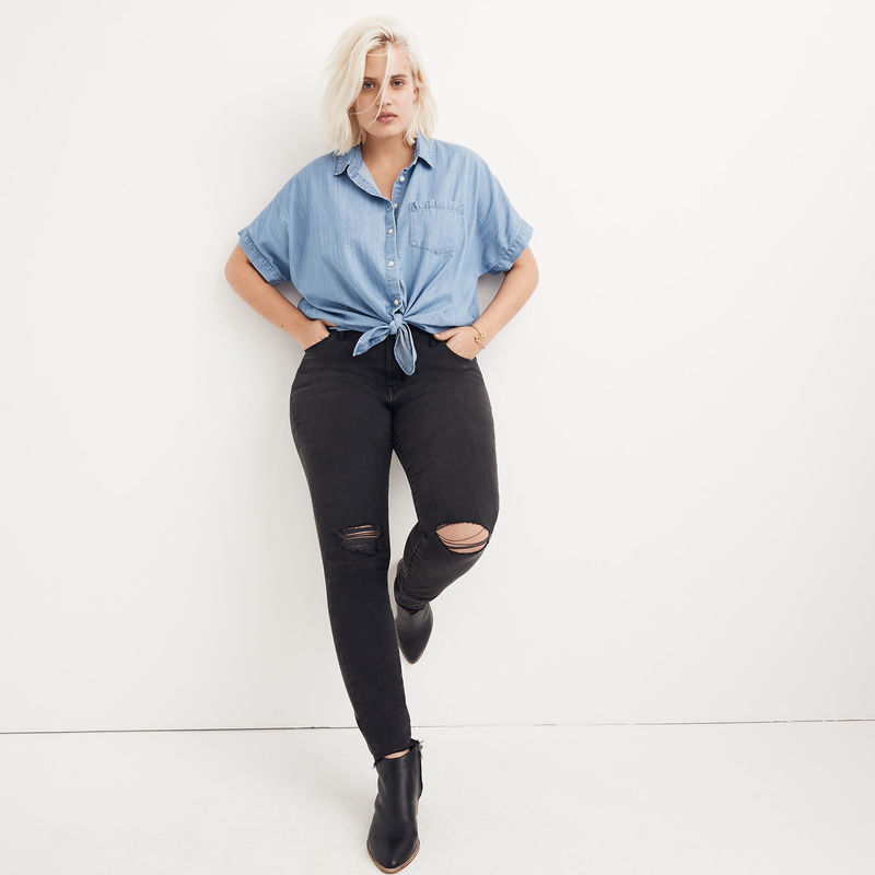 The 7 Best Curvy Jeans We Tried and Loved!