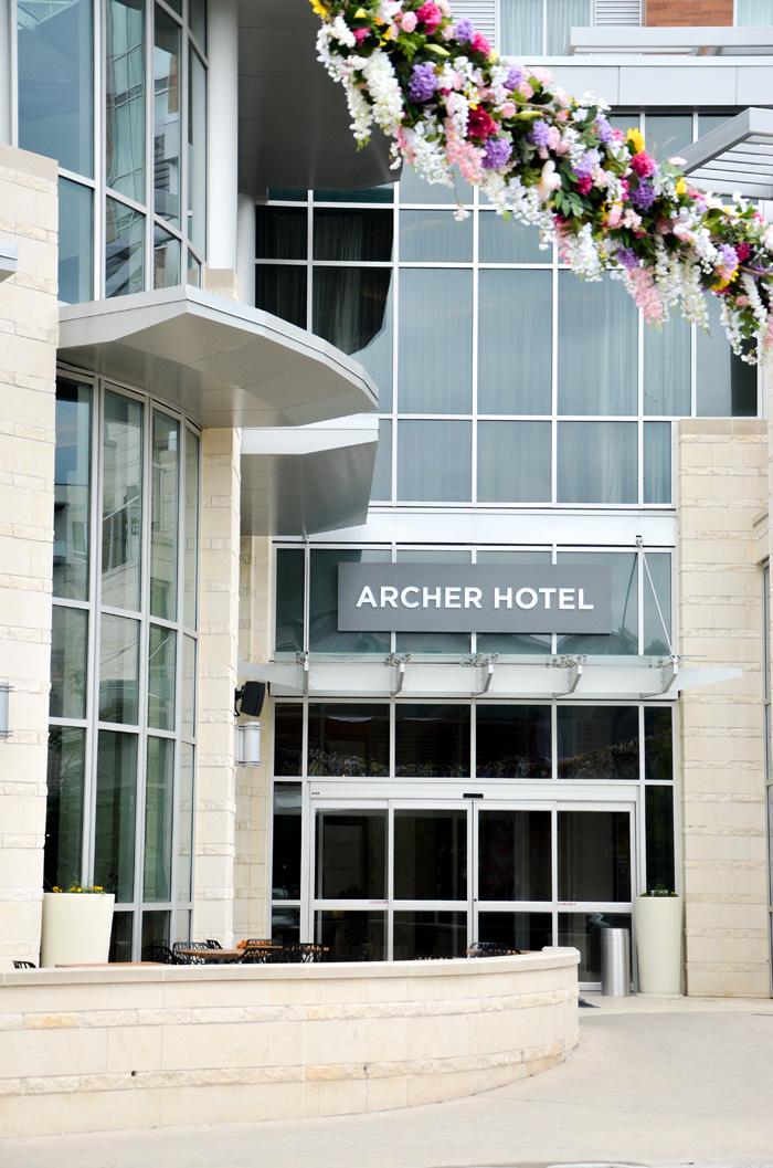 Archer-hotel-austin-entrance