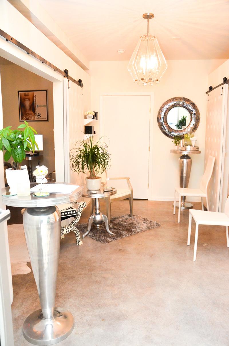 Beautiful-Laurel-Corinne-Studio