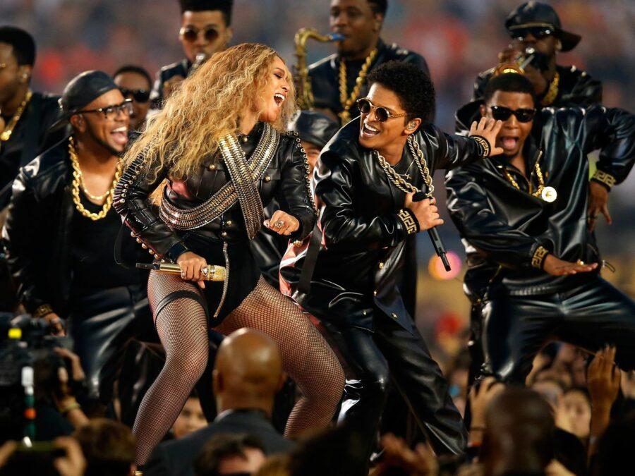Beyonce wearing Capezio fishnets