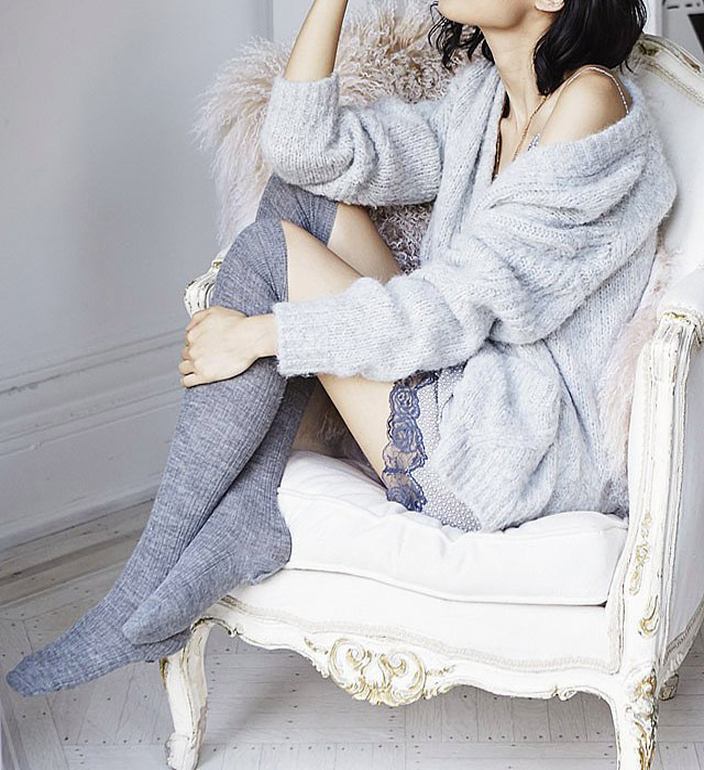 Chic-Accessories-to-Keep-You-Beautifully-Bundled-Up