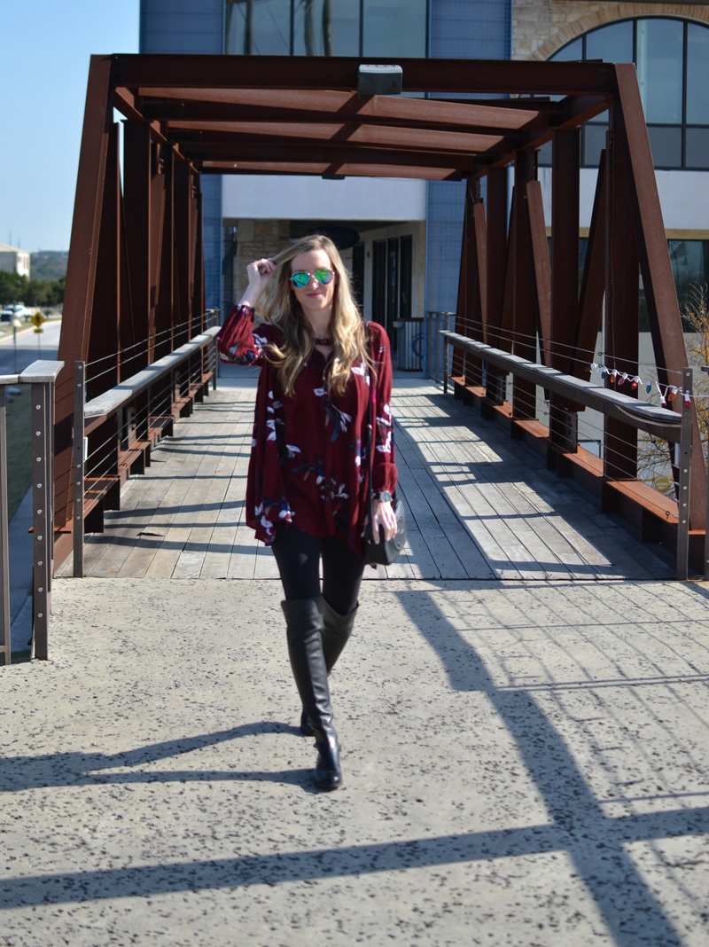 Chicwish-Celebrity-style-Keep-Swinging-Floral-Tunic-in-Wine