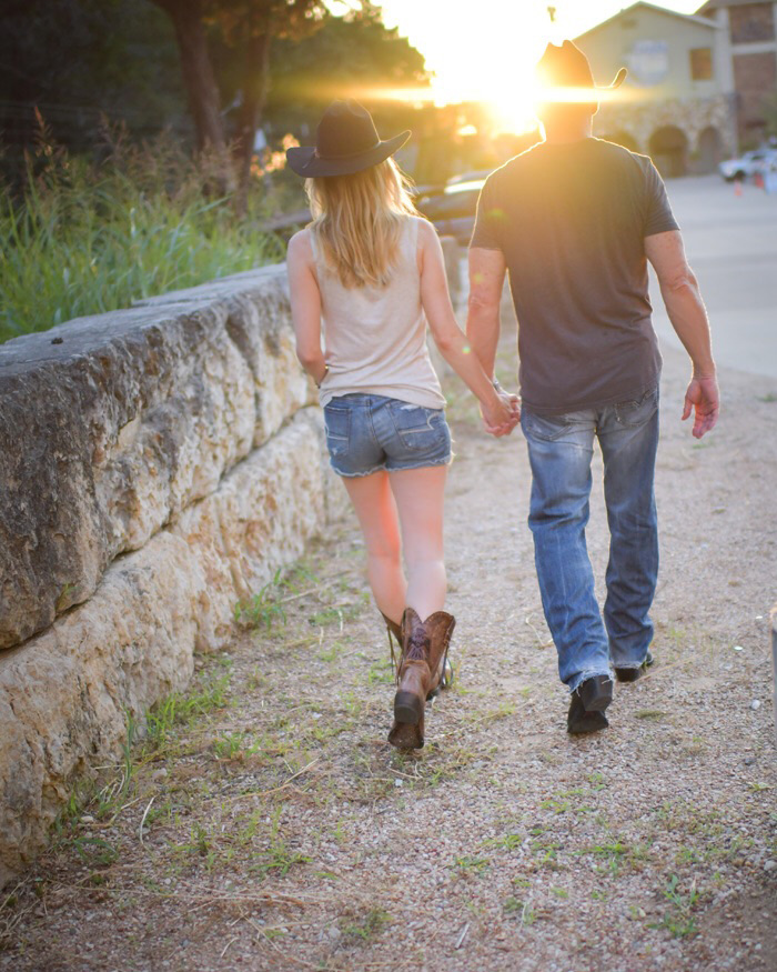 Date-night-in-cowboy-boots Austin Texas Concert Oasis