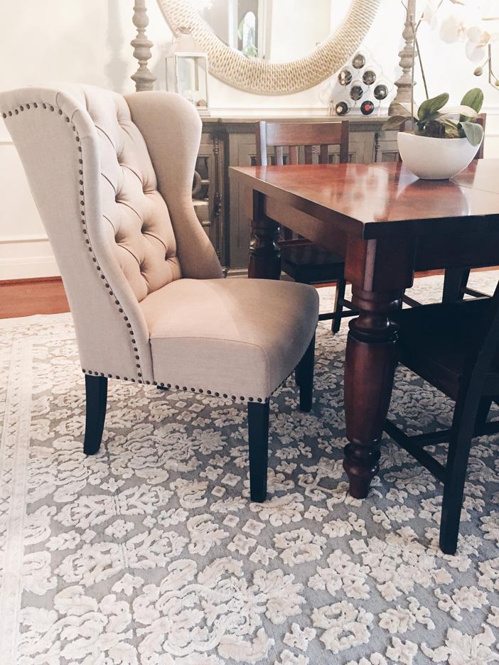 Diningroom-chair-rug