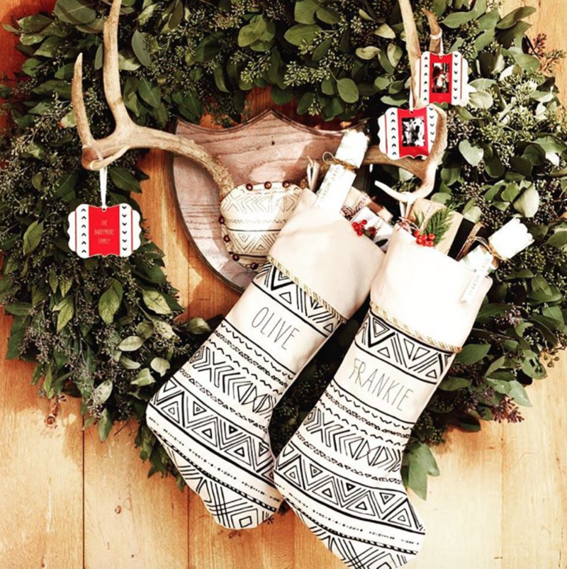 pictures of homes decorated for christmas on the inside how to decorate your home for christmas