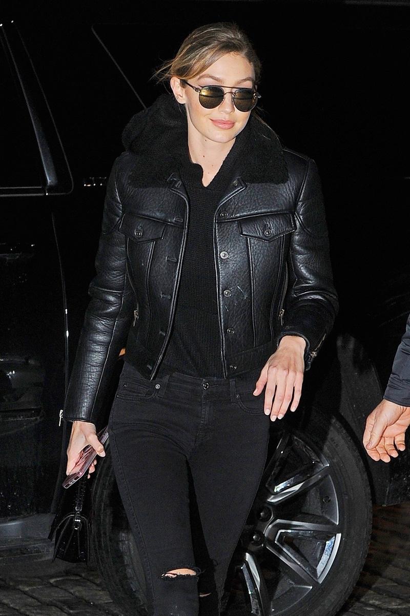 Gigi-Hadid-leather-moto-jacket-fur-collar