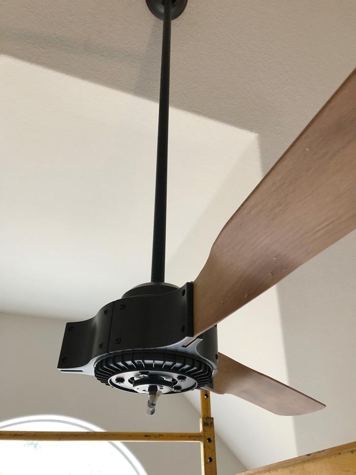 Hunter-Apache-Ceiling-Fan-blades