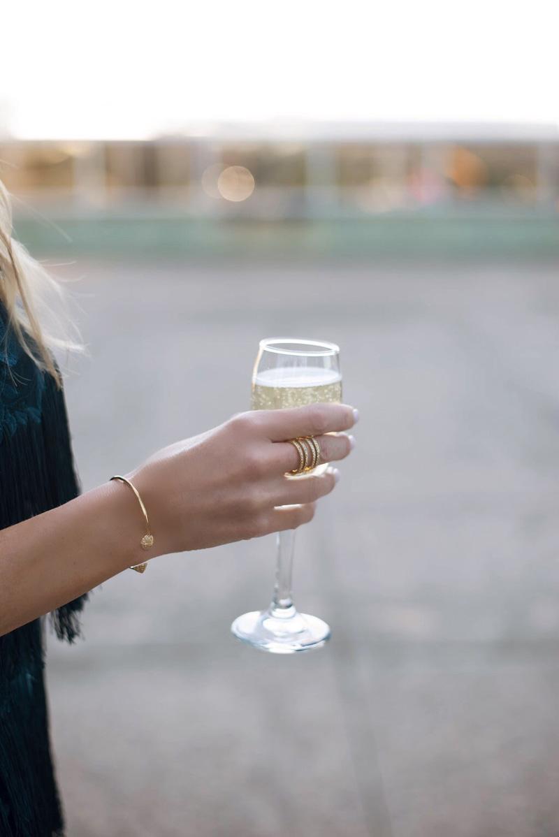 hyatt-dallas-champagne-toast