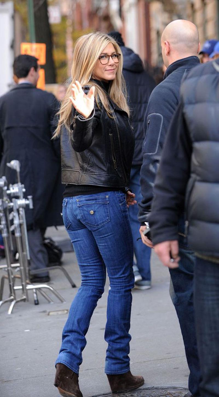Jennifer-aniston-hudson-jeans
