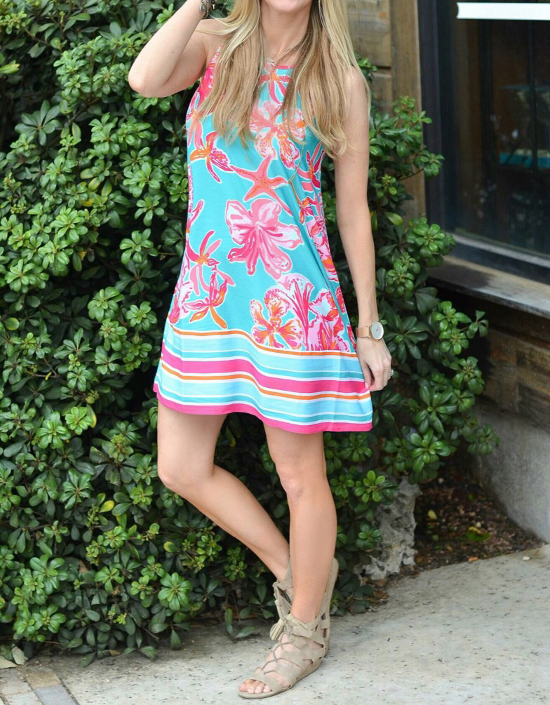 Lily-dress-sunglasses-close