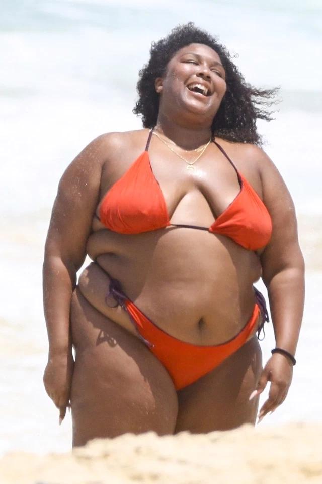 Lizzo in bikini