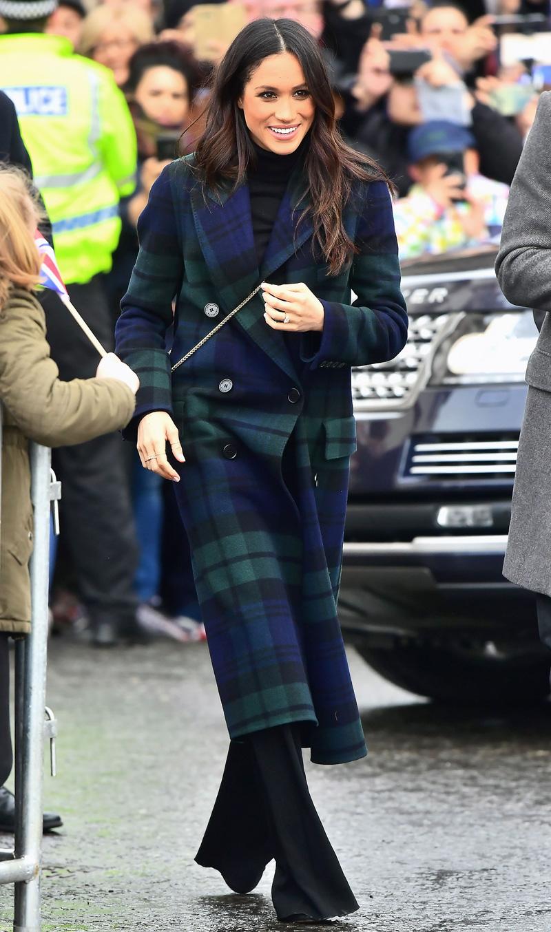 Meghan-Markle-Wears-Plaid-Burberry-Coat
