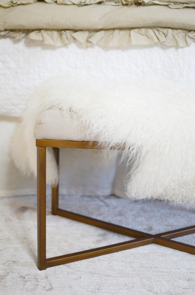 Mongolian-Lamb-Fur-in-Natural-from-Pigment-FINAL