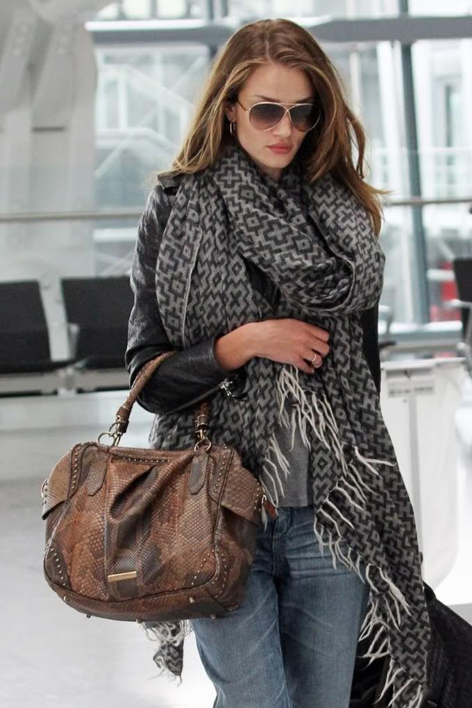 Rosie-Huntington-Whiteley-airport-look