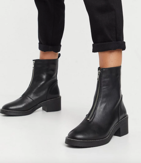 Depp Chunky Center Zip Boots in Black Leather