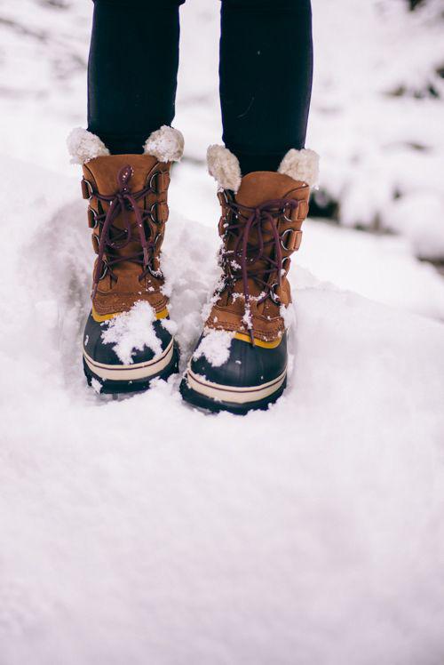 sorel-fur-trim-boots