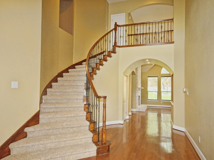 stairs-celeb-style-before