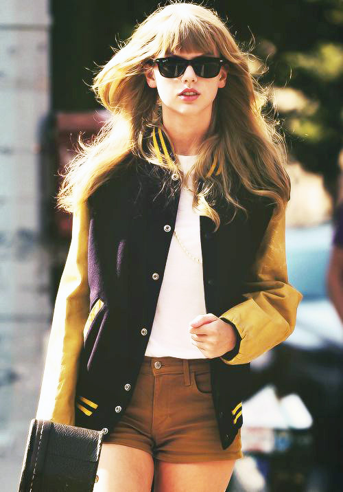 Taylor-swift-Collegiate-style-celebrity-style-guide