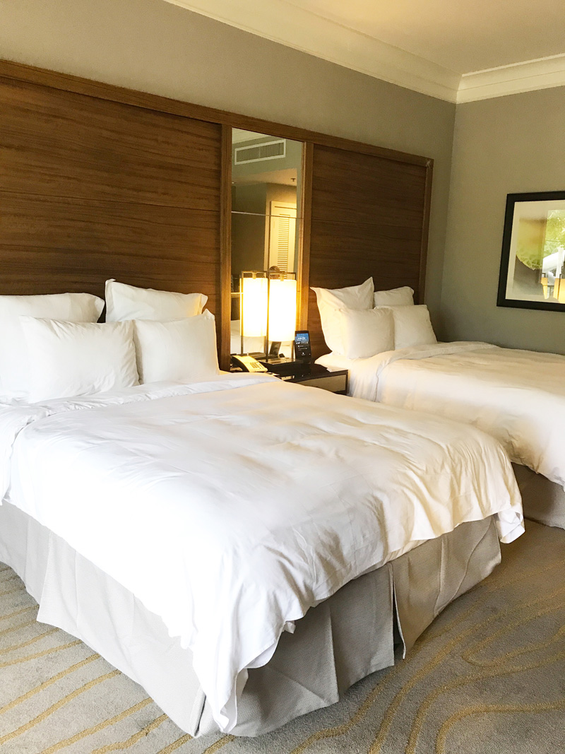 The-Woodlands-Resort-king-suite