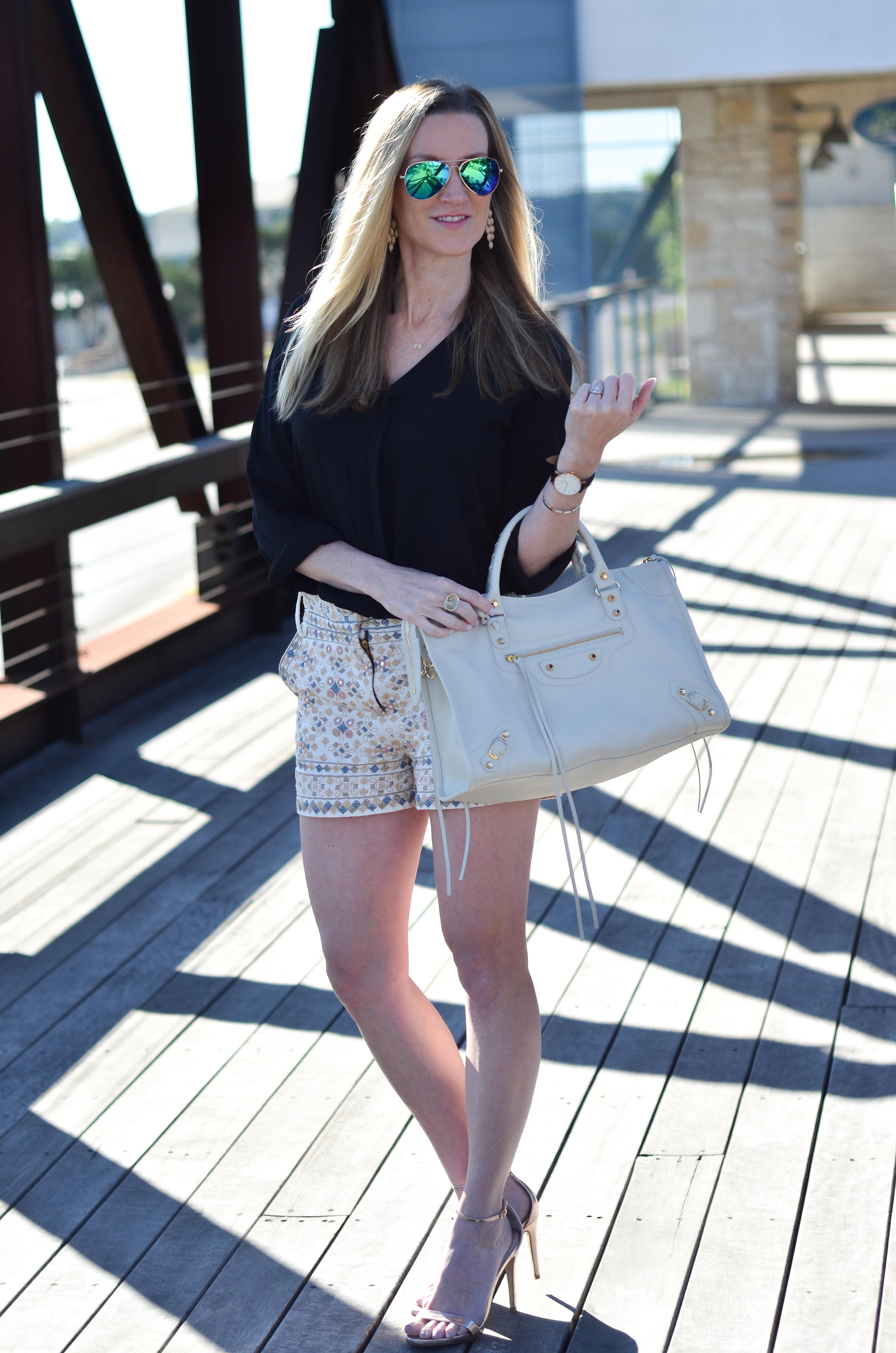 Tolani-shorts-Zoey