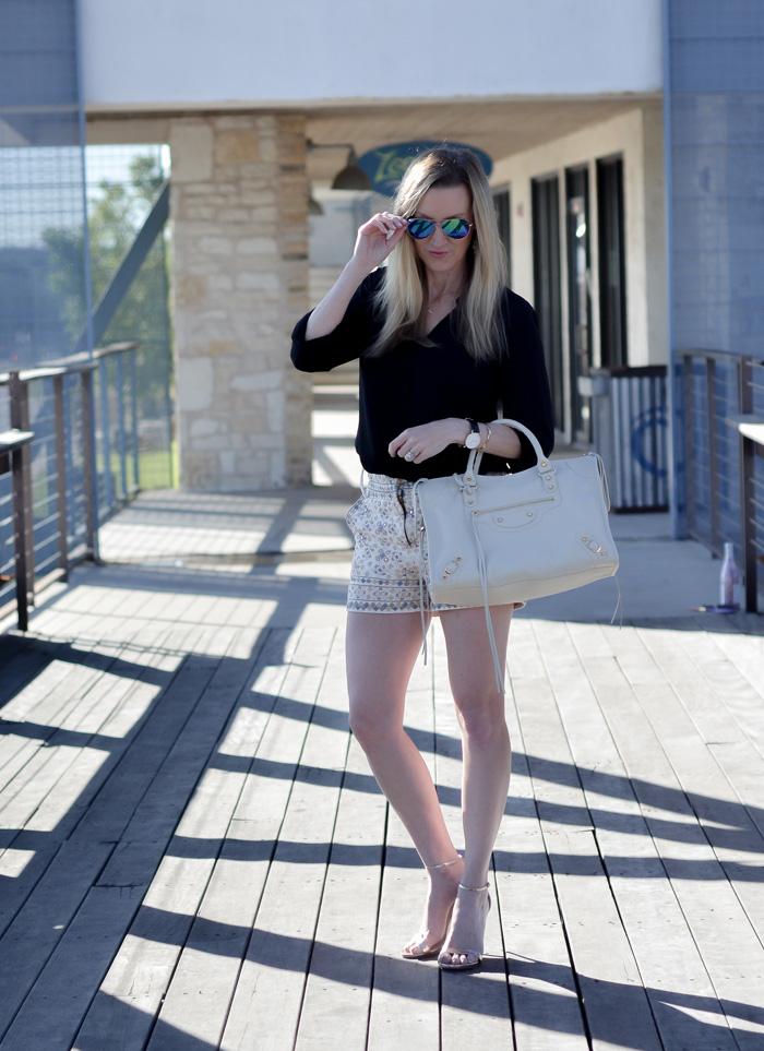 Tolani-shorts-balenciga-city-bag