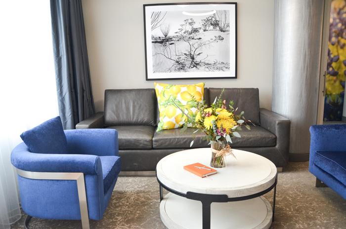 archer-hotel-livingroom