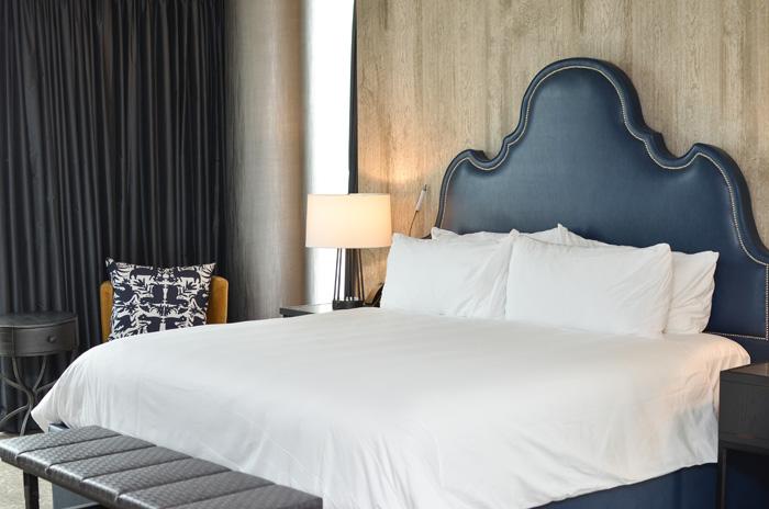 archer-hotel-masterbedroom