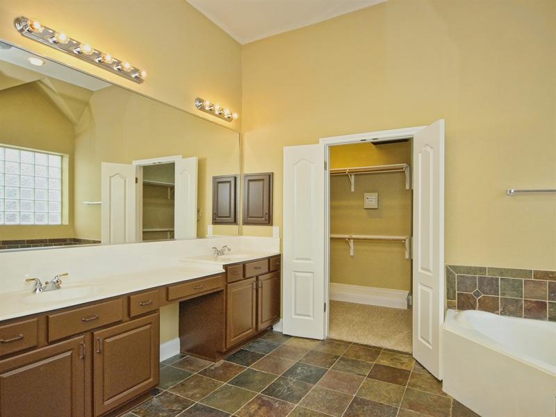 bathroom-before-photos