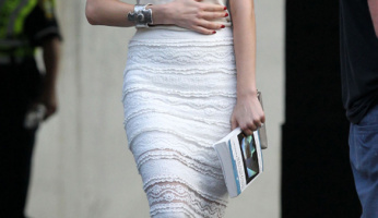 Amber Heard Is Lovely In Lace