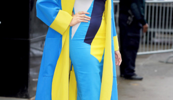 Color Play: Blake Lively