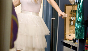 Carrie Bradshaw's Style Is So Easy To Recreate