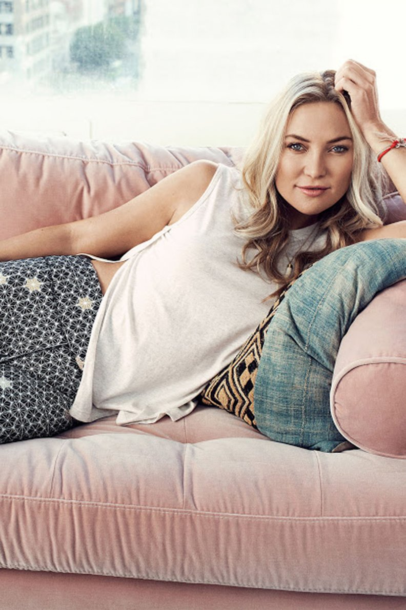 Kate Hudson Is the Latest Celebrity Fan of This 'Heaven'-Like Throw Blanket