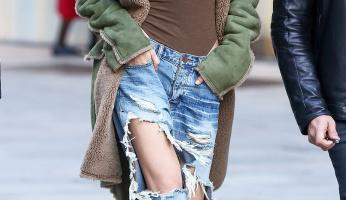 Gigi Hadid Dares To Bare In Distressed Boyfriend Jeans
