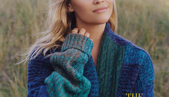 Reese Witherspoon Gets In The Holiday Spirit With This Cozy Cardigan