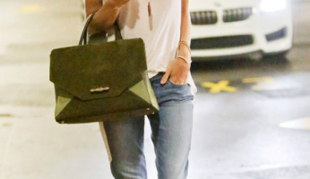 Ready For The Weekend Style With Rosie Huntington-Whiteley