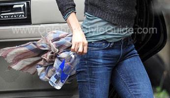 Jennifer Aniston Style! Jennifer LOVES her Degaine Slim Bootcut Jeans!