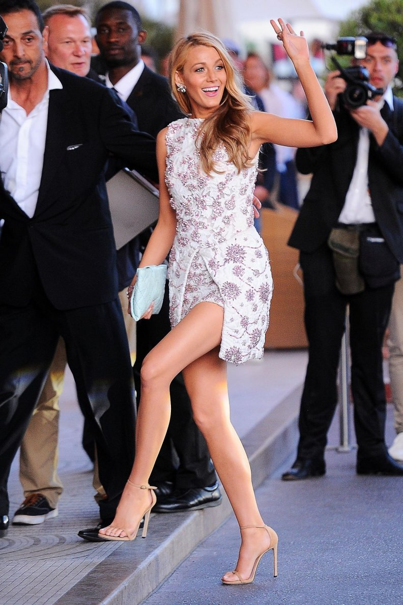 Blake Lively's Workout Guide to Getting Her Long, Lean Legs