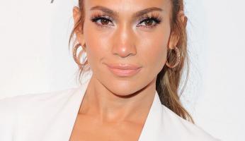 Glow & Go Like J-Lo With SkinCeuticals