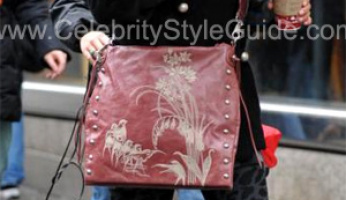 Spotted!! Vanessa's Vanessa's Cettu Crossbody Bag from Gossip Girl!