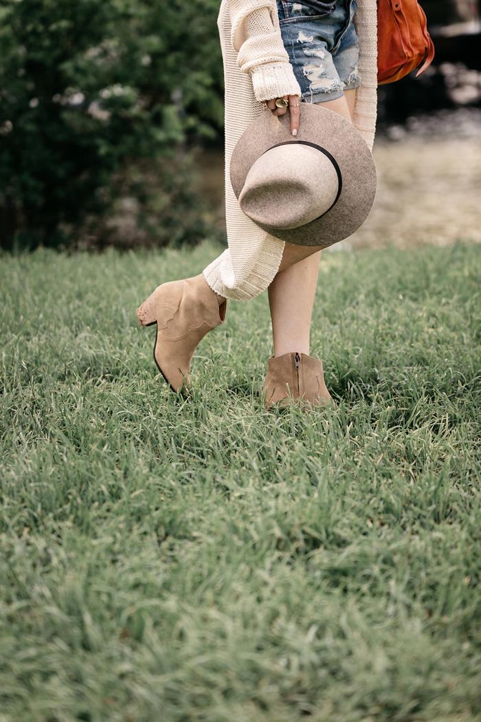 celebrity-isabel-marant-dicker-boot