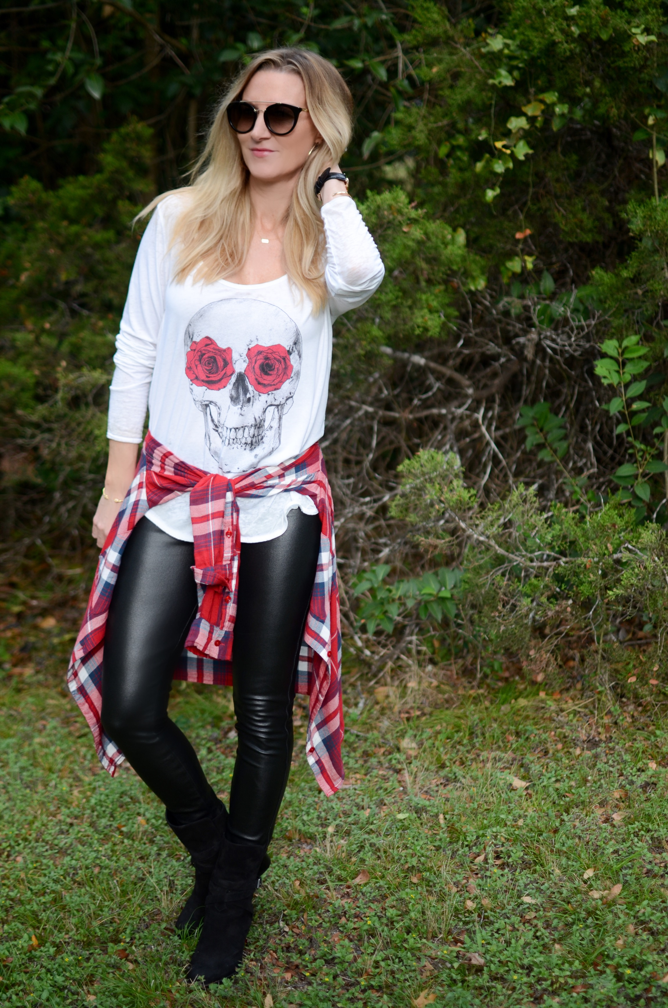 chaser-skull-and-roses-shirt