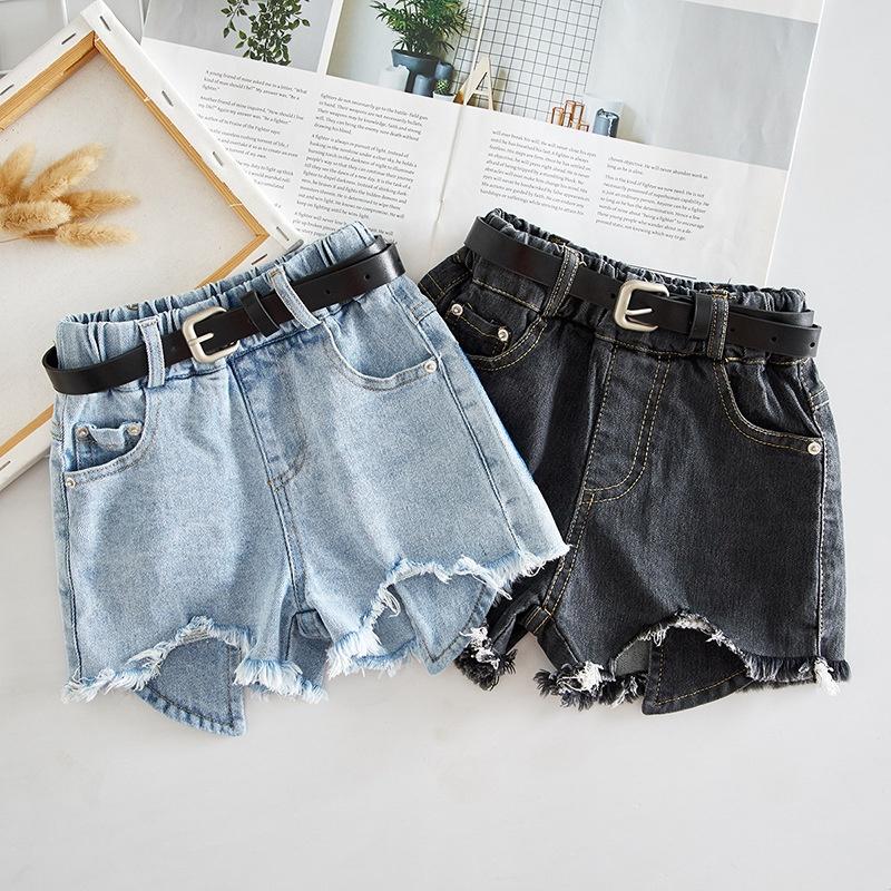 denim shorts trend 2021