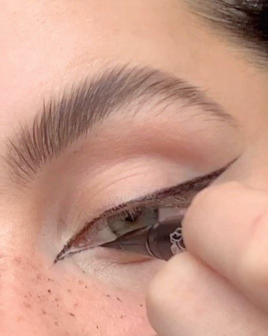 fox eye trend